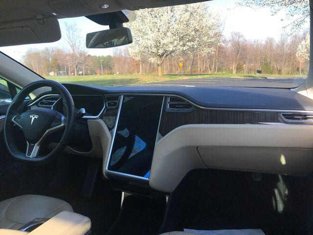 2013 Tesla Model S Leesburg, Virginia 15