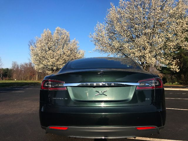 2013 Tesla Model S Leesburg, Virginia 8