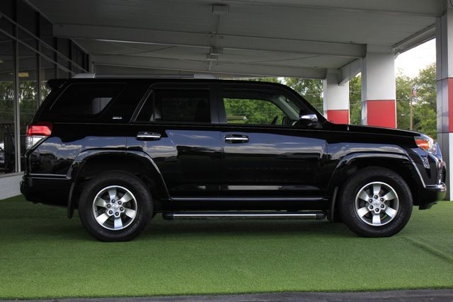 2013 Toyota 4Runner SR5 RWD - SUNROOF - CONVENIENCE PKG! Mooresville , NC 14