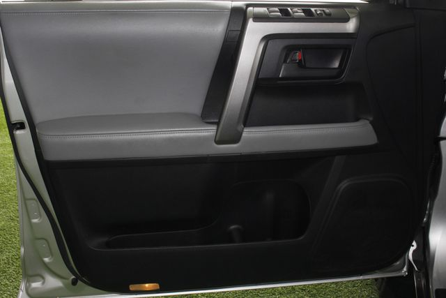 2013 Toyota 4Runner Trail 4WD - NAVIGATION - SUNROOF! Mooresville , NC 36