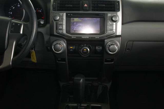 2013 Toyota 4Runner Trail 4WD - NAVIGATION - SUNROOF! Mooresville , NC 10