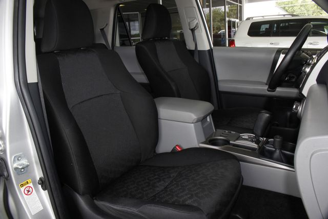 2013 Toyota 4Runner Trail 4WD - NAVIGATION - SUNROOF! Mooresville , NC 14
