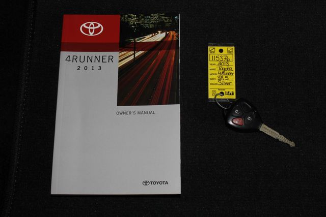 2013 Toyota 4Runner Trail 4WD - NAVIGATION - SUNROOF! Mooresville , NC 19