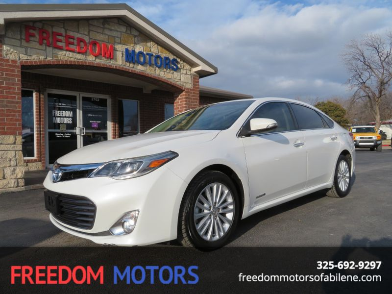 2013 Toyota Avalon Hybrid XLE Premium | Abilene, Texas | Freedom Motors  in Abilene Texas