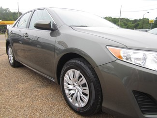 2013 Toyota Camry LE Batesville, Mississippi 21