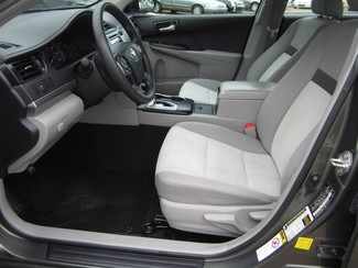 2013 Toyota Camry LE Batesville, Mississippi 10