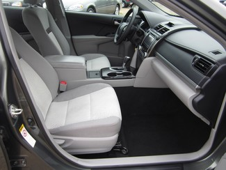 2013 Toyota Camry LE Batesville, Mississippi 20