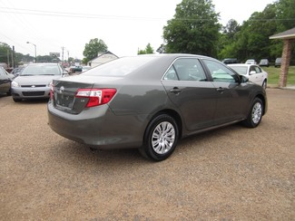 2013 Toyota Camry LE Batesville, Mississippi 7