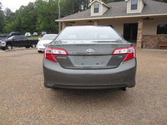 2013 Toyota Camry LE Batesville, Mississippi 5
