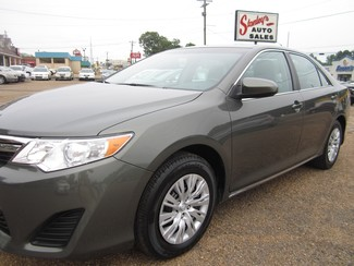 2013 Toyota Camry LE Batesville, Mississippi 22