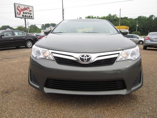 2013 Toyota Camry LE Batesville, Mississippi 23