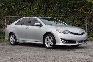 2013 Toyota Camry SE Hollywood, Florida 24