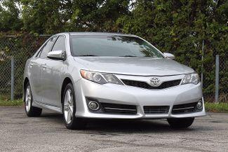 2013 Toyota Camry SE Hollywood, Florida 1