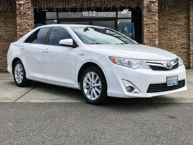 2013 Toyota Camry Hybrid XLE The CARFAX Buy Back Guarantee that comes with this vehicle means that