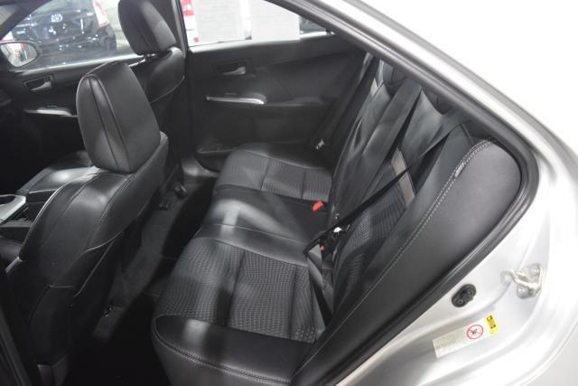 2013 Toyota Camry 4dr Sdn I4 Auto SE Richmond Hill, New York 4
