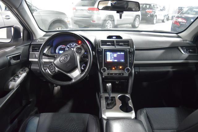 2013 Toyota Camry 4dr Sdn I4 Auto SE Richmond Hill, New York 6