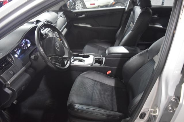 2013 Toyota Camry 4dr Sdn I4 Auto SE Richmond Hill, New York 7