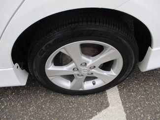 2013 Toyota Corolla LE Farmington, Minnesota 5
