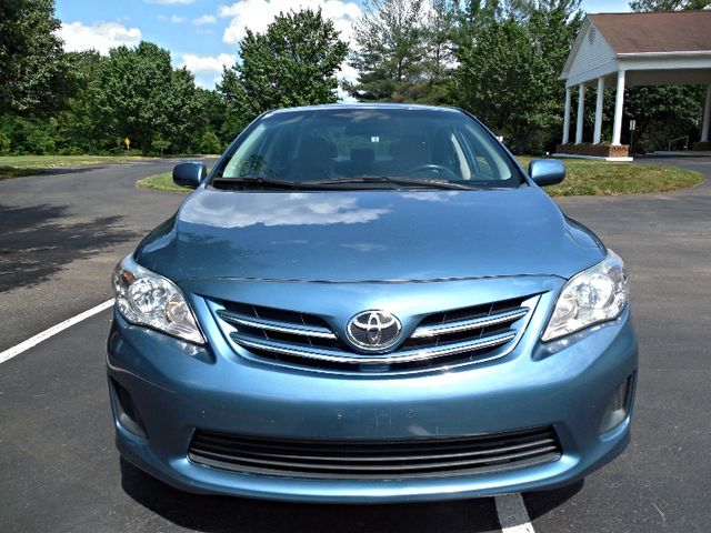 2013 Toyota Corolla LE Leesburg, Virginia 5