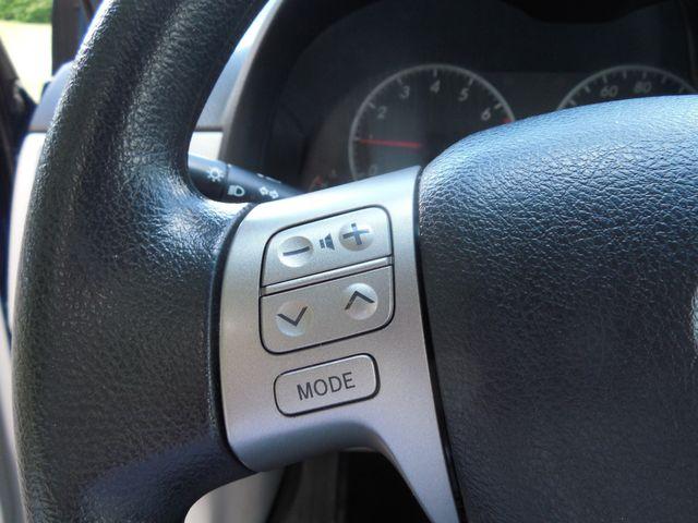 2013 Toyota Corolla LE Leesburg, Virginia 13