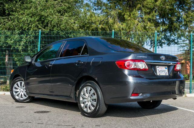 2013 Toyota Corolla LE Reseda, CA 6