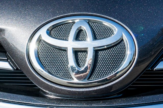 2013 Toyota Corolla LE Reseda, CA 45