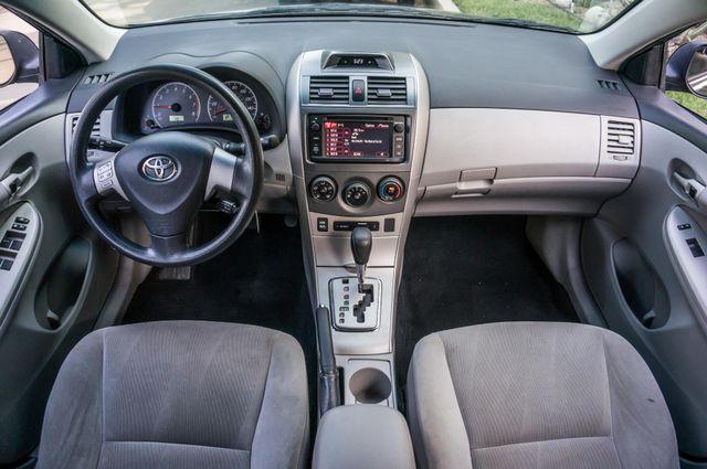2013 Toyota Corolla LE Reseda, CA 18