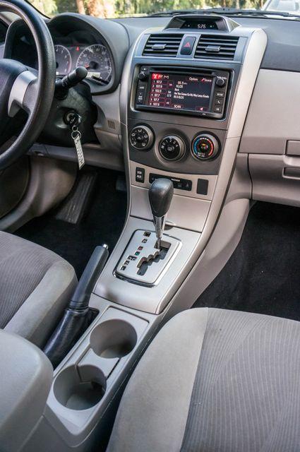 2013 Toyota Corolla LE Reseda, CA 22
