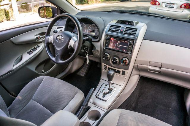2013 Toyota Corolla LE Reseda, CA 33