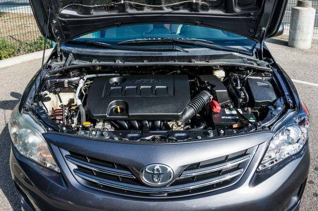 2013 Toyota Corolla LE Reseda, CA 36