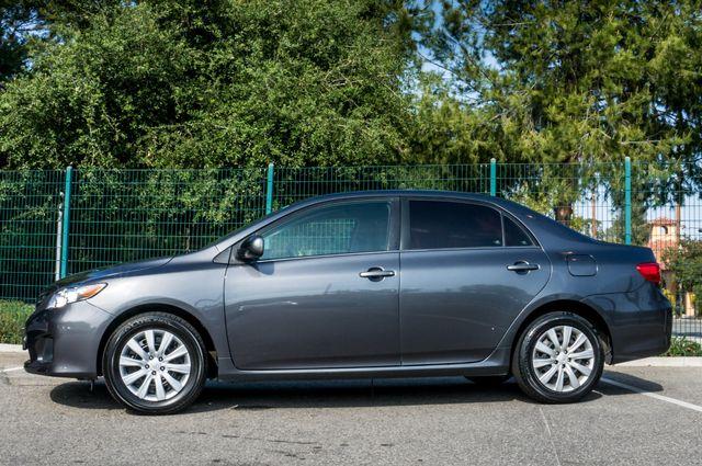 2013 Toyota Corolla LE Reseda, CA 4