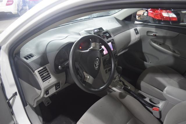 2013 Toyota Corolla 4dr Sdn Auto LE Richmond Hill, New York 9
