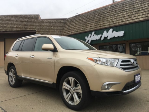 2013 Toyota Highlander Limited in Dickinson, ND