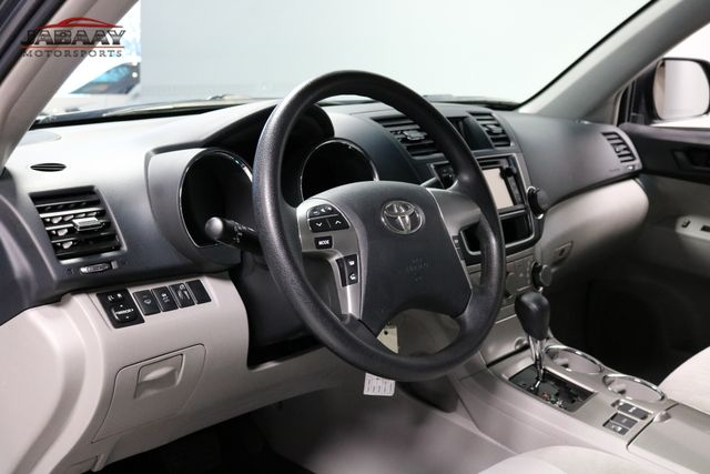 2013 Toyota Highlander Merrillville, Indiana 9