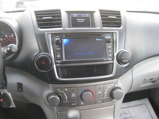 2013 Toyota Highlander New Brunswick, New Jersey 13