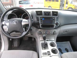 2013 Toyota Highlander New Brunswick, New Jersey 14