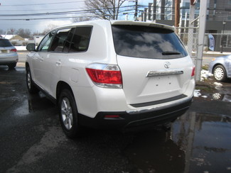 2013 Toyota Highlander New Brunswick, New Jersey 4