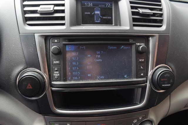 2013 Toyota Highlander 4WD 4dr Richmond Hill, New York 13