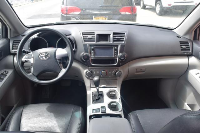 2013 Toyota Highlander 4WD 4dr Richmond Hill, New York 7