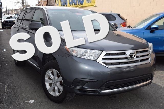2013 Toyota Highlander Base Plus V6 Richmond Hill, New York 0