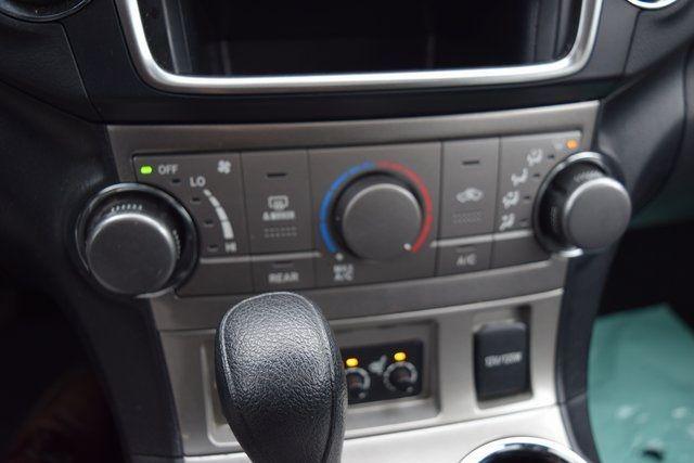 2013 Toyota Highlander Limited Richmond Hill, New York 42