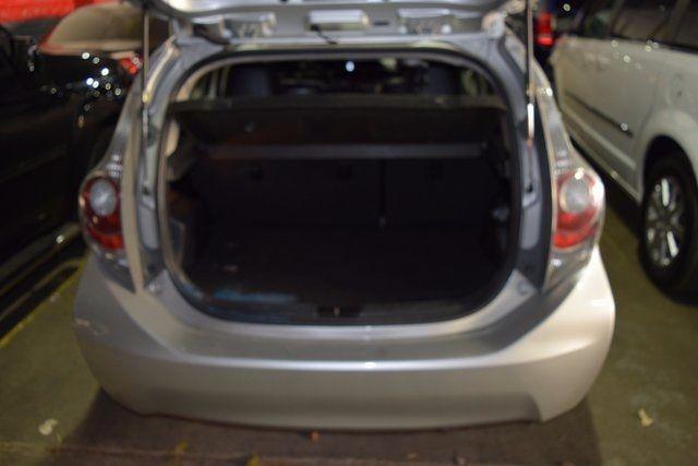 2013 Toyota Prius c Richmond Hill, New York 5