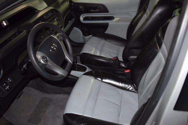 2013 Toyota Prius c Richmond Hill, New York 7