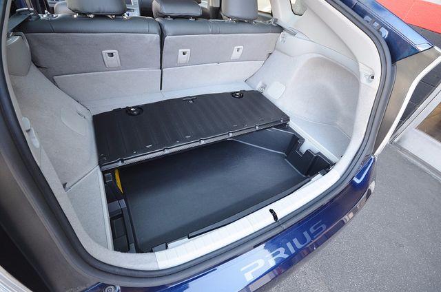 2013 Toyota Prius Two Reseda, CA 43