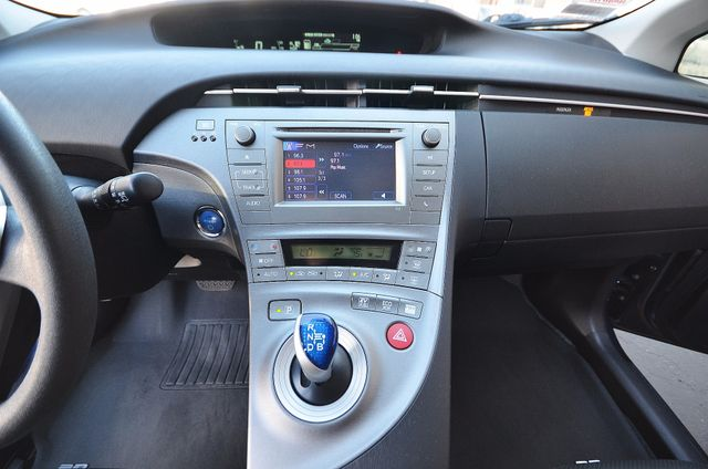 2013 Toyota Prius Two Reseda, CA 20