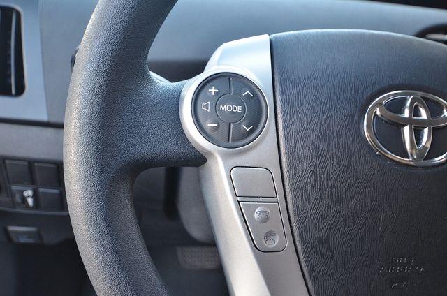 2013 Toyota Prius Two Reseda, CA 29