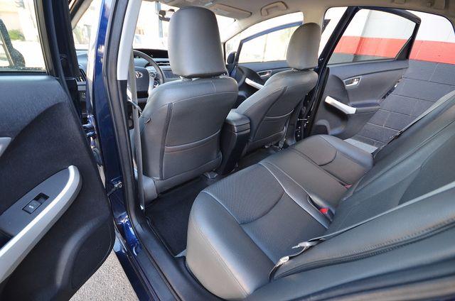 2013 Toyota Prius Two Reseda, CA 12