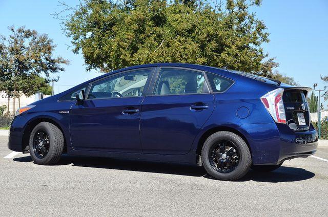 2013 Toyota Prius Two Reseda, CA 40