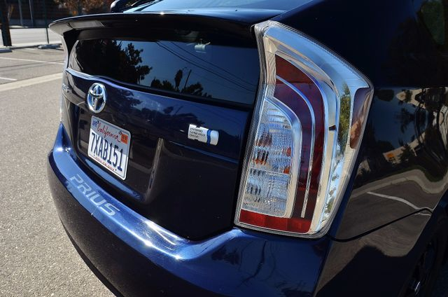 2013 Toyota Prius Two Reseda, CA 3