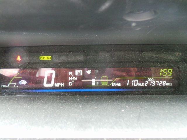 2013 Toyota Prius v Three Cape Girardeau, Missouri 9